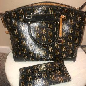 New Dooney & Bourke 1975 Bag and Wallet